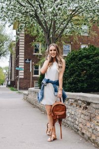 Style Blogger Lauren Meyer of the Lo Meyer Blog shares Her Favorite Casual Dress for Summer + Sales!