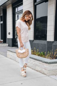Fashion Blogger Lauren Meyer of The Lo Meyer blog shares a Spring Work to Happy Hour Outfit, Trendy Spring Outfit
