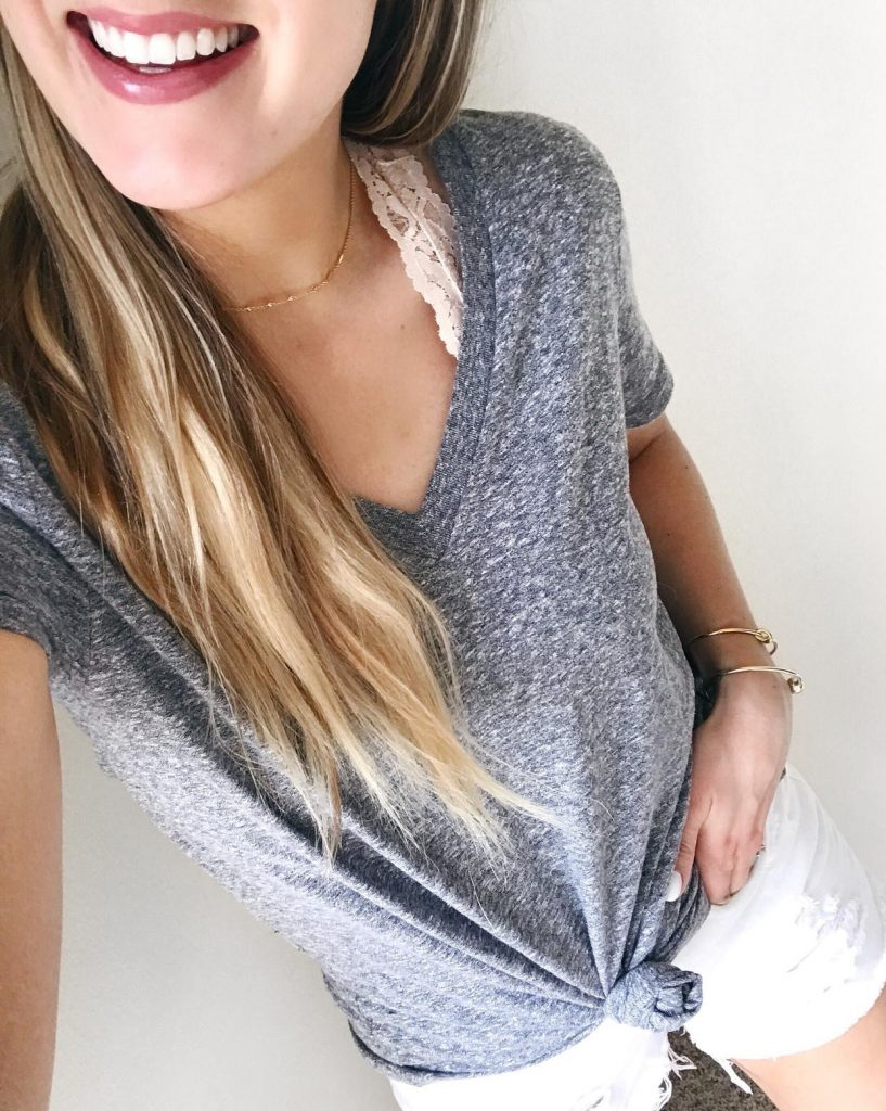 Fashion Blogger Lauren Meyer of The Lo Meyer Blog shares How to Style a Bralette 4 Ways