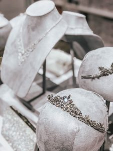 Fashion Blogger Lauren Meyer of The Lo Meyer Blog shares Must Have Bridal Accessories under $100 with David's Bridal