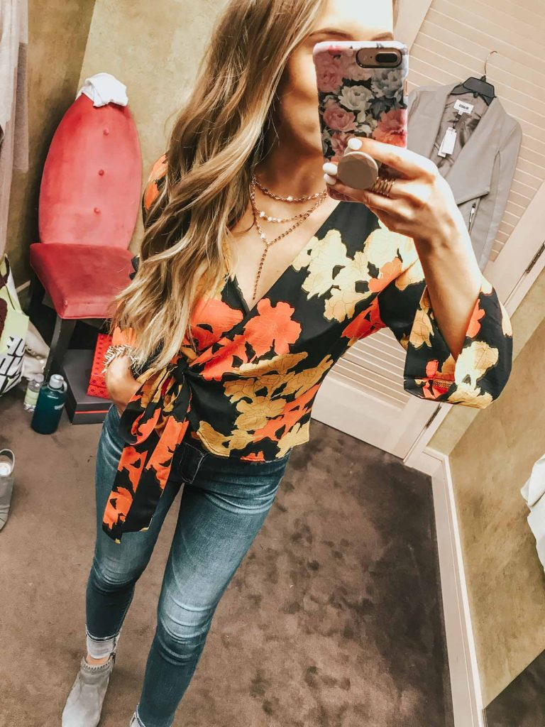 Popular Style Blogger Lauren Meyer of The Lo Meyer Blog shares Nordstrom Anniversary Sale Dressing Room Try On