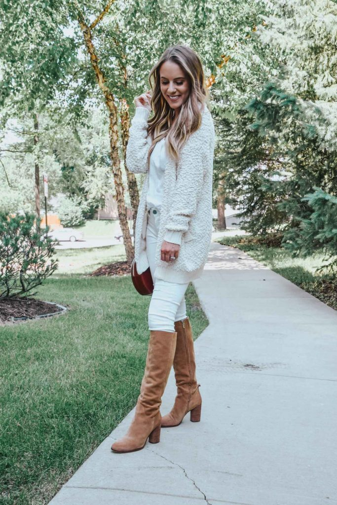 Popular Fashion Blogger Lauren Meyer of The Lo Meyer Blog shares top picks for the Nordstrom Anniversary Sale 2018 ; Best Items under $100