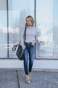Affordable Chic Style With Walmart ; Popular Style Blogger Lauren Meyer of The Lo Meyer Blog shares Affordable Chic Style with Walmart