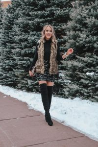 Simple & Chic New Year's Eve Outfit ; Popular Style Blogger Lauren Meyer of The Lo Meyer Blog shares a Simple, Chic, and Affordable New Year's Eve Outfit