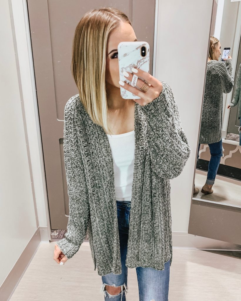 Affordable Outfits from Target; Style Blogger Lauren Meyer of The Lo Meyer Blog shares a recent Target Try On
