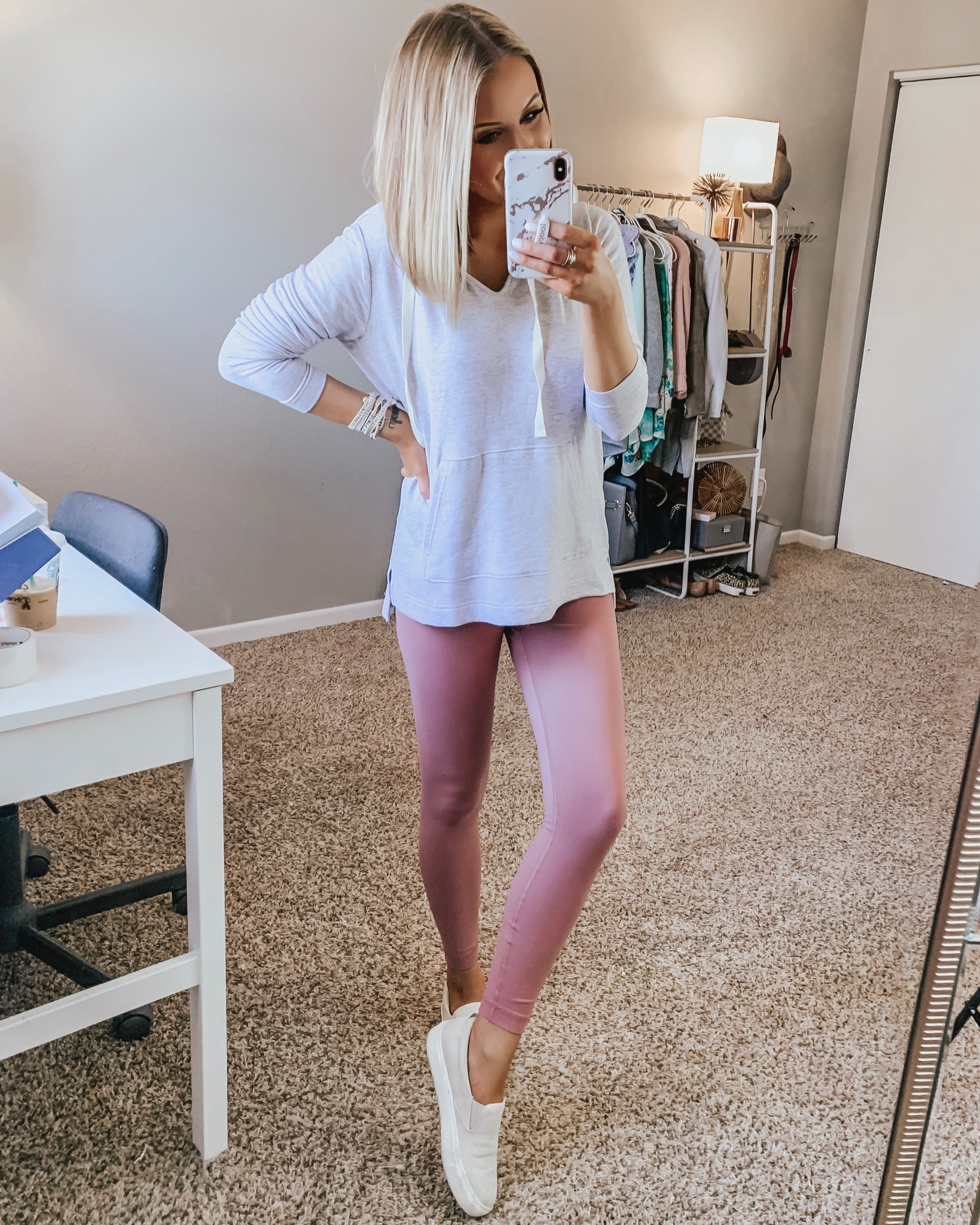 Cute & Affordable Spring Outfits! April Instagram Round Up Week 4 + Weekend Sales! Style Blogger Lauren Meyer shares an Instagram Round Up + Weekend Sales!