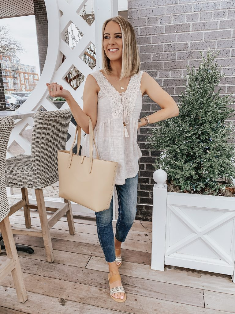 817b00a0389 ... Cute Spring Fashion Finds from Walmart! Style Blogger Lauren Meyer  shares Cute Spring Finds from ...