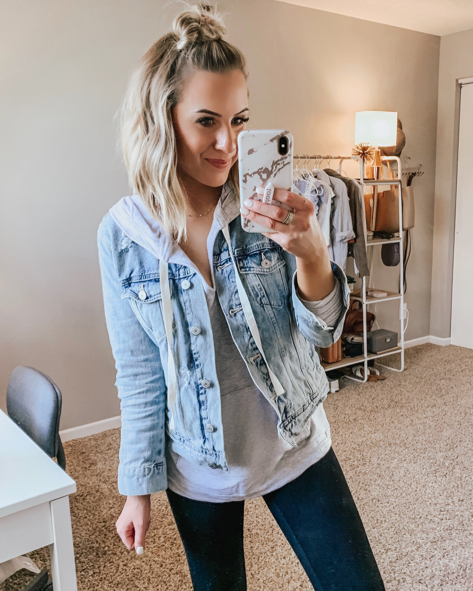 Cute & Affordable Spring Outfits! May Instagram Round Up Week 2 & 3 + Weekend Sales! Style Blogger Lauren Meyer shares an Instagram Round Up + Weekend Sales!