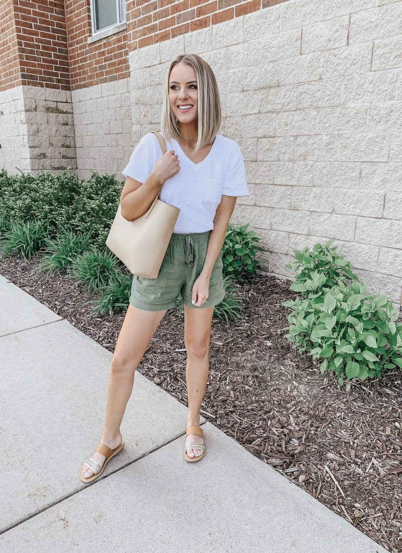 Affordable Casual Summer Outfit! Style Blogger Lauren Meyer shares her Go To Casual Summer Outfit