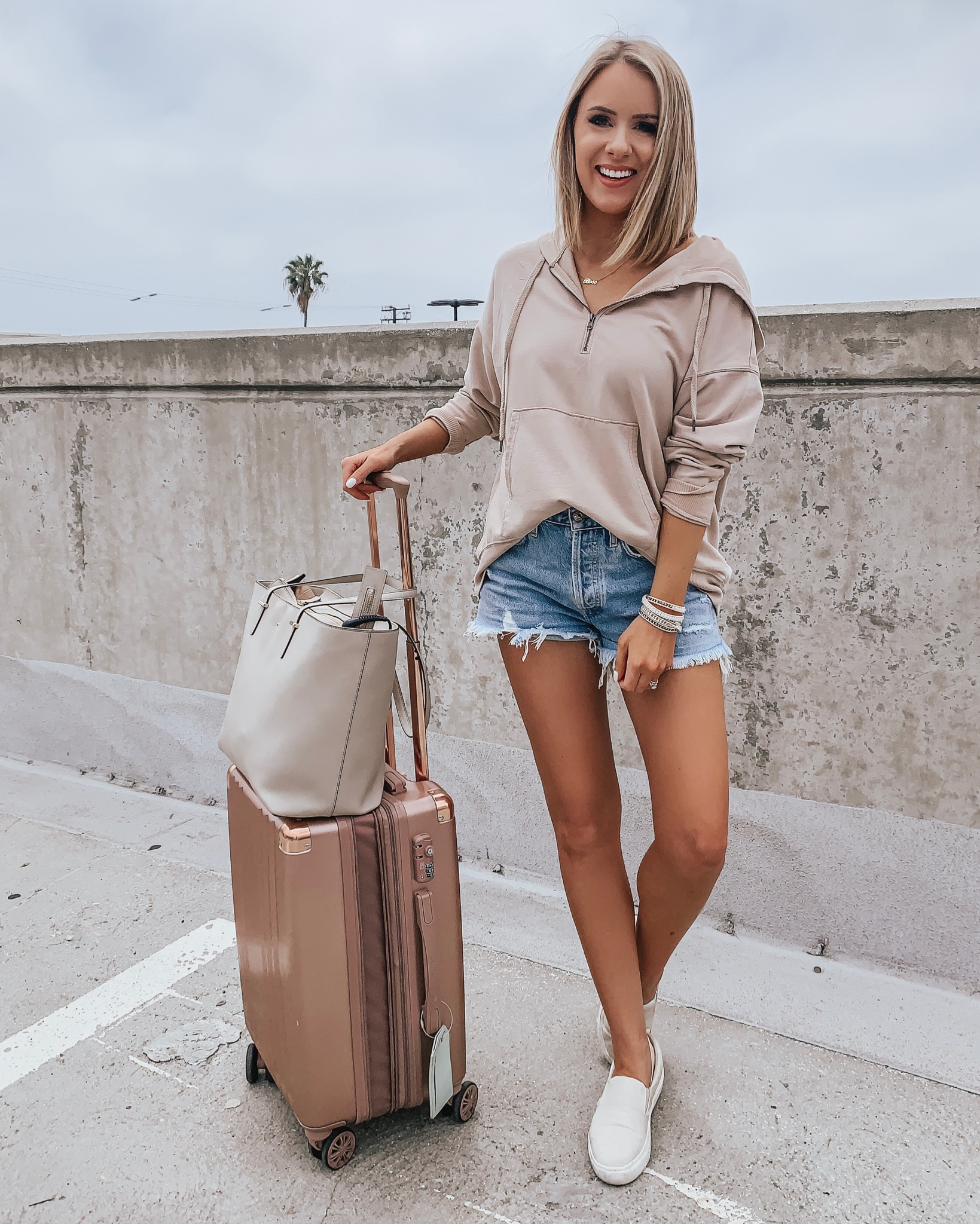 Affordable Summer Outfits + Father's Day Weekend Sales! Style Blogger Lauren Meyer shares an Instagram Round Up + Weekend Sales!