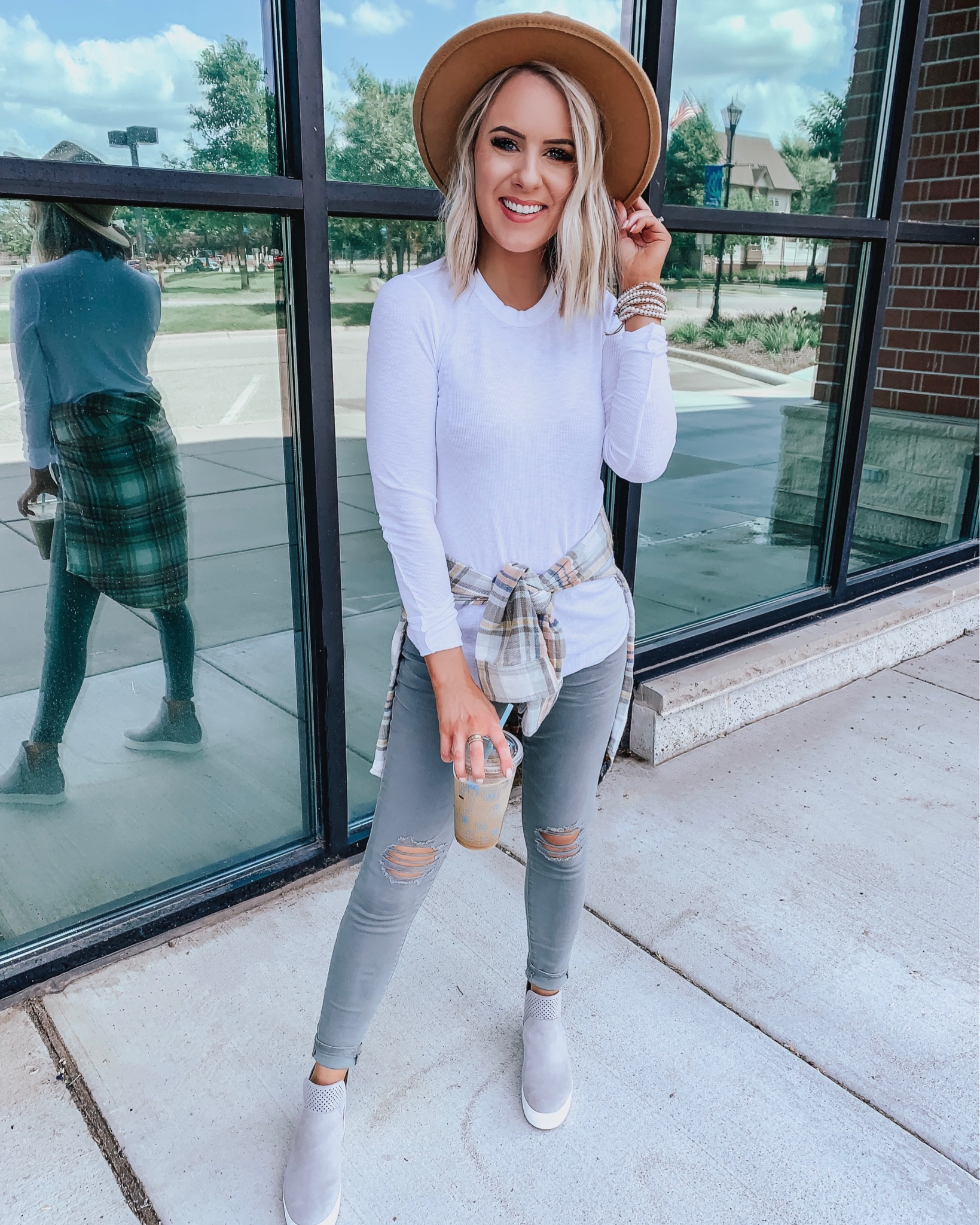 Affordable Fall Transition Outfits | Style Blogger Lauren Meyer shares Affordable Fall Transition Casual Outfits