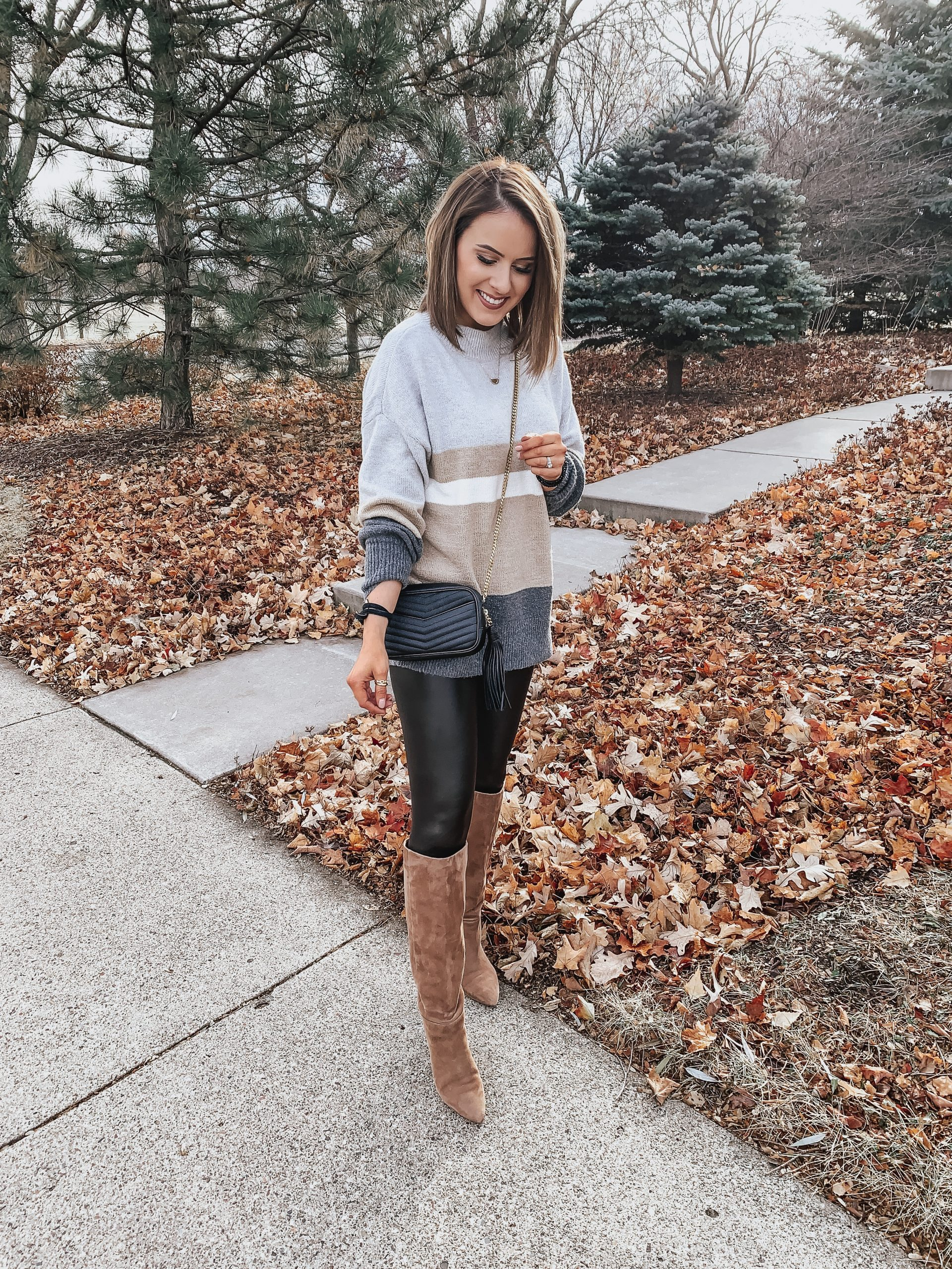 Last Minute Thanksgiving Outfit | Style Blogger Lauren Meyer shares a Last Minute Thanksgiving Outfit