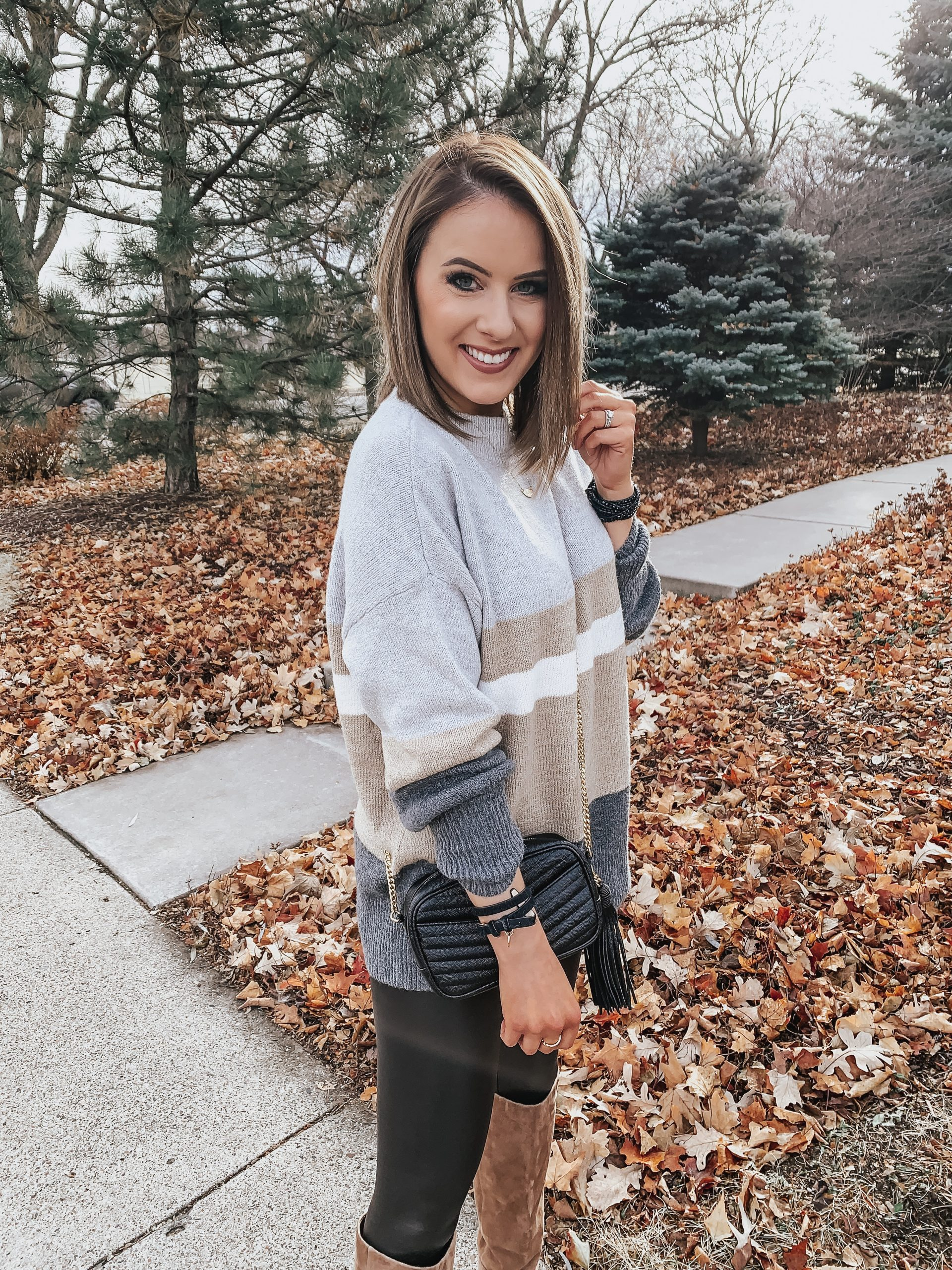 Last Minute Thanksgiving Outfit   Style Blogger Lauren Meyer shares a Last Minute Thanksgiving Outfit
