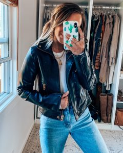 2020 NORDSTROM ANNIVERSARY SALE || Style blogger Lauren Meyer of The Lo Meyer Blog shares closet staples from the 2020 Nordstrom Anniversary Sale
